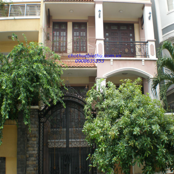 Cho thuê biệt thự quận Phú Nhuận MT đường Hoa Đào